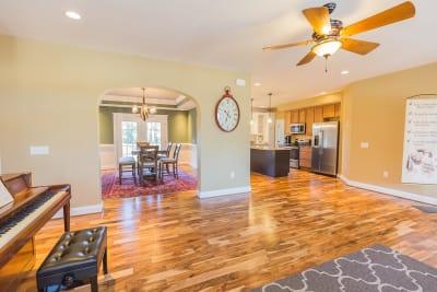 Excel Homes, Crestwood 3A, living room