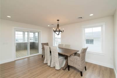 Excel Homes, Boardwalk, dining room