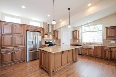 Silvercrest Craftsman, California - kitchen