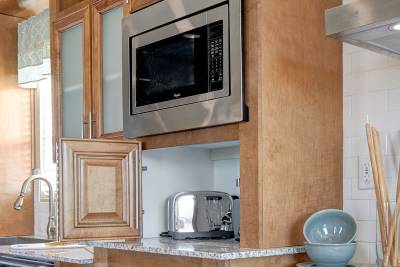 Redman Homes, Lindsay, California, Ultimate Kitchen Two
