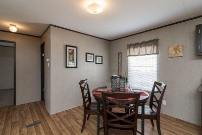 Redman 2856A dining room