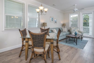 Multi-family, Tarpon Harbour, dining area