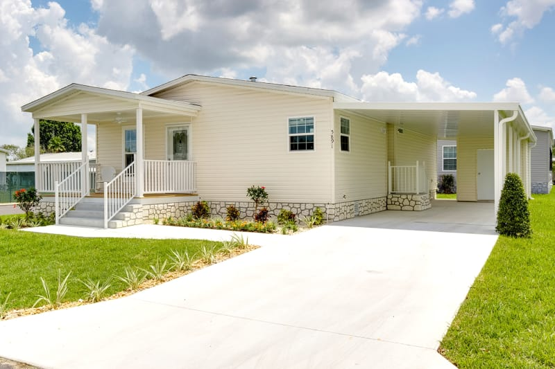 SIG 4443D elevation with half porch and site built amenities by others