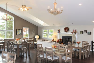 Meadow Creek clubhouse lounge