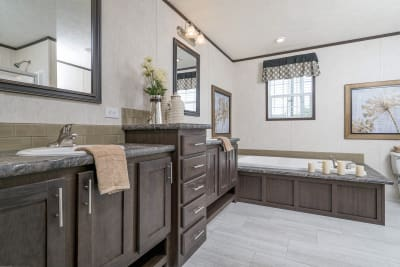 CDC 2860 master bathroom