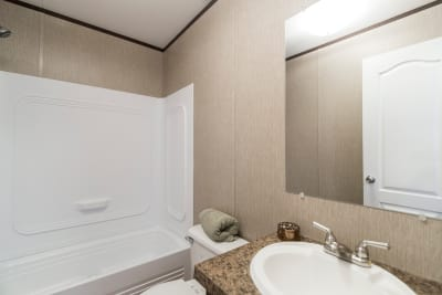 Redman 2856A bathroom