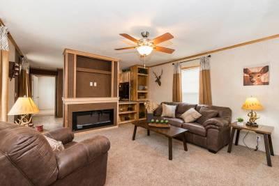 Essentials L27612 Living Room