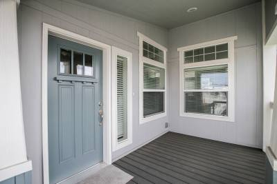 Silvercrest Craftsman, California - porch, Craftsman windows