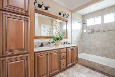 Silvercrest Kingsbrooks, California - master bath