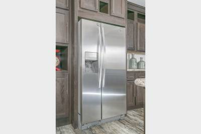 Ultimate Kitchen Two, stainless steel appliances