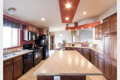 Durango 283 kitchen