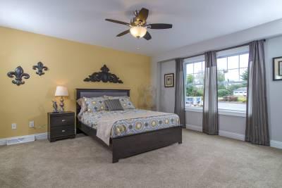 New Era Chataqua master bedroom