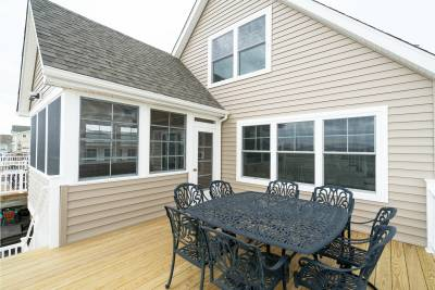 Excel Homes deck