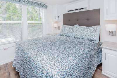 1603 LC Bedroom