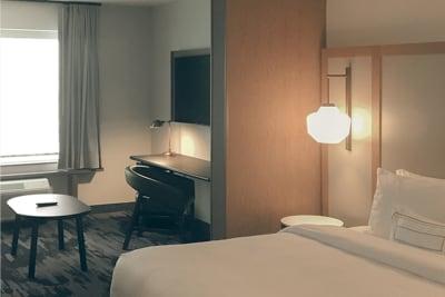 Fairfield Inn & Suites guest room