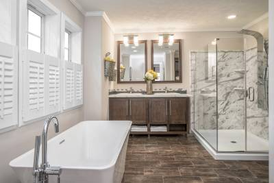 Champion Homes, Dresden TN, Radiant Spa Bath