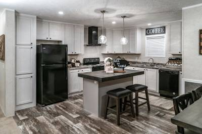Champion Homes Benton - Kitchen