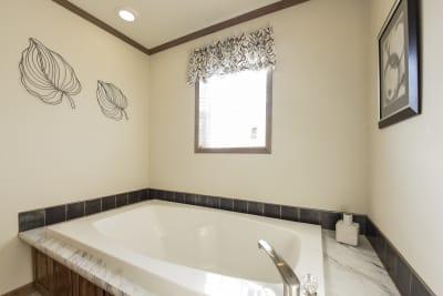 New Moon 3266 01 master bathroom