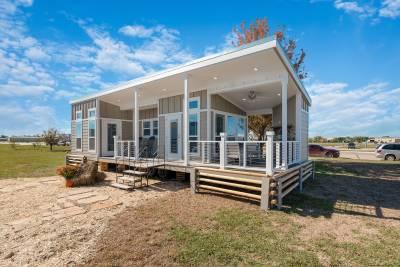 Champion Homes, York, Nebraska, Park Model RVs