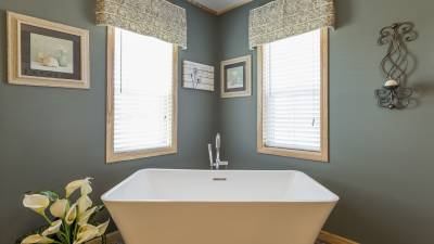 Highland Manufacturing, mobile homes, spa master bath