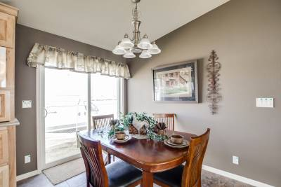 Redman Homes, York, Nebraska, Dining Rooms