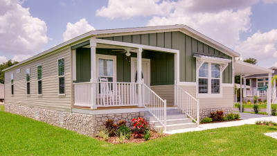 Champion's manufactured homes feature artisanal-level quality and craftsmanship at affordable prices.