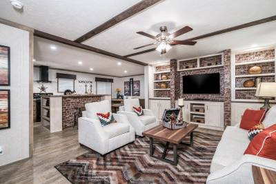 Champion Homes - Benton, Kentucky - Living Room