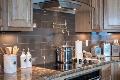 Kitchen Stove Detail