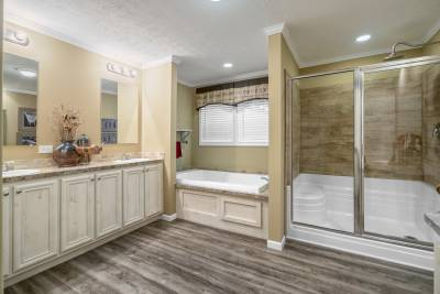 Champion Homes, Dresden TN, Bathrooms