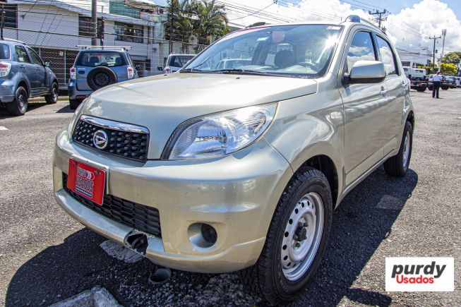 TERIOS BEEGO 4X4 M/T PAQUETE ESPECIAL