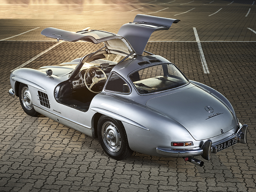 First slide, photo of Mercedes Benz 300SL