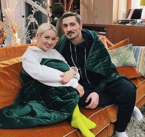 Дима Билан в женском платье и Клава Кока в мужском костюме стали участниками челенджа Flip The Switch