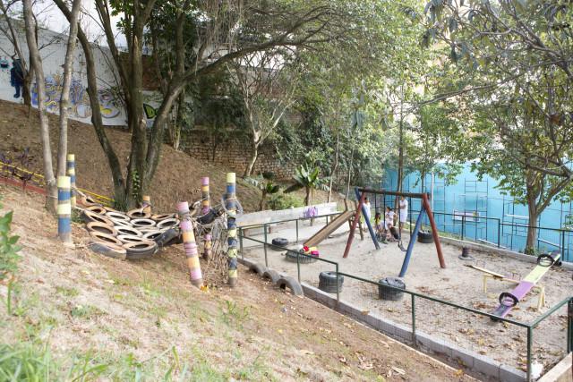 Praça na Vila Madalena revitalizada pelo projeto.