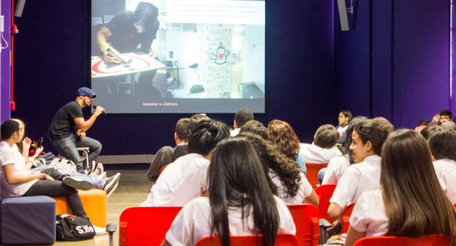 Palestra de Sensibilização no NAVE [Núcleo Avançado em Ensino] RIO.