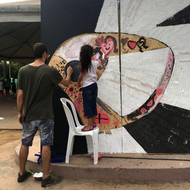 Pintura coletiva no Bosque Maia, Guarulhos. 2017. Essa ação ocorreu em com o suporte da Tropcrew.