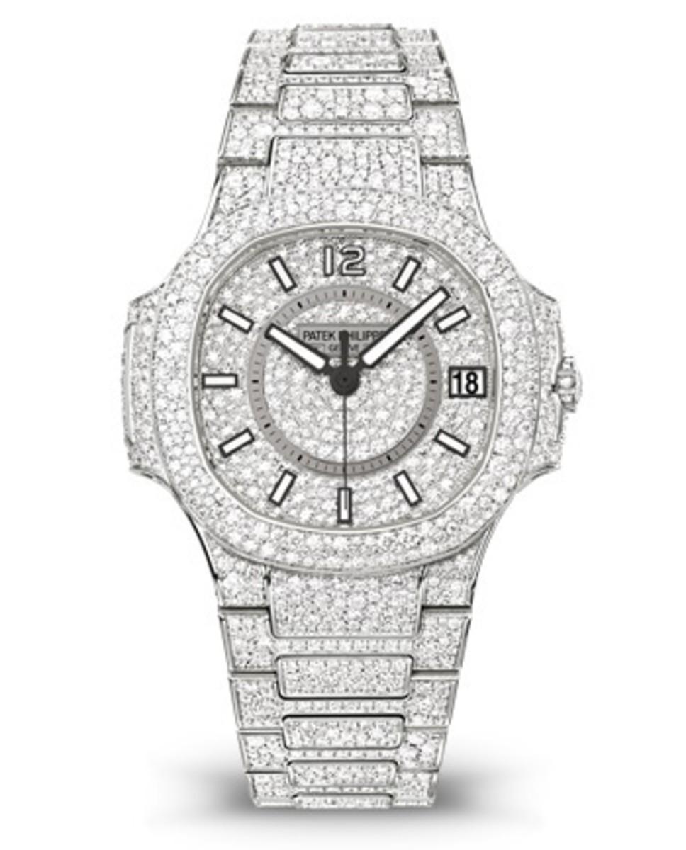 Patek Philippe Nautilus Fully Paved Diamonds Women S Watch 7021 1g