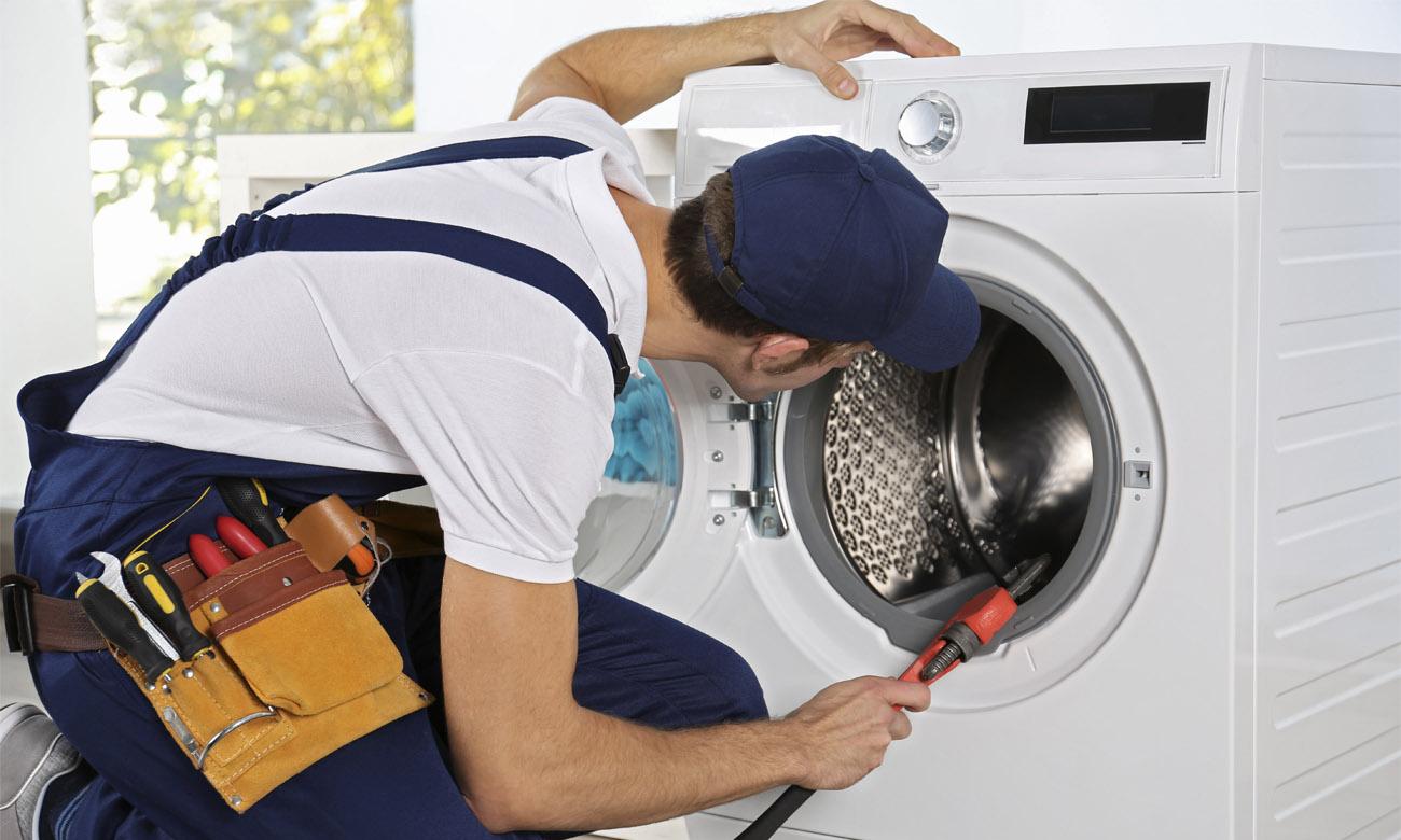 Замена подшипника стиральной машины, когда она рвет одежду