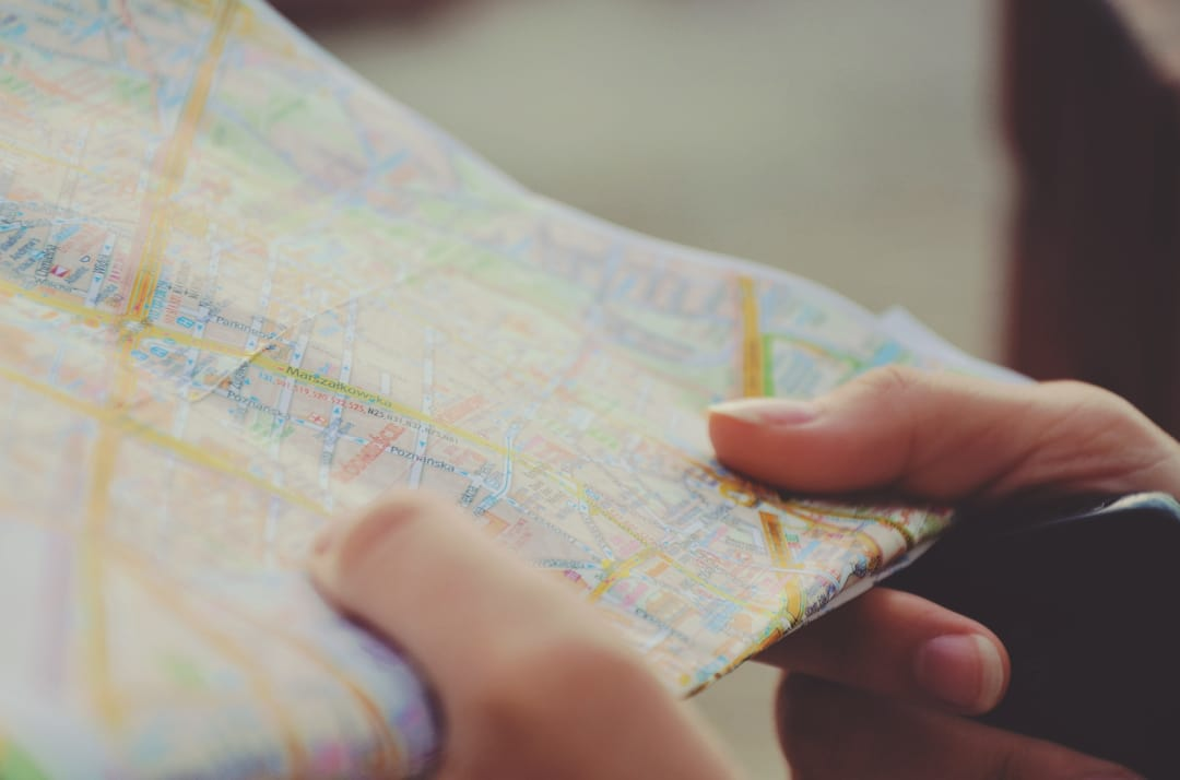 writing-hand-money-paper-map-close-up-99171-pxhere.com