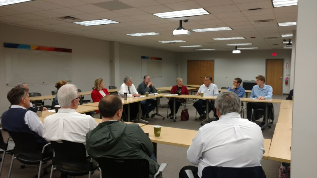 Apr26_2018Mayor Whaley round table2