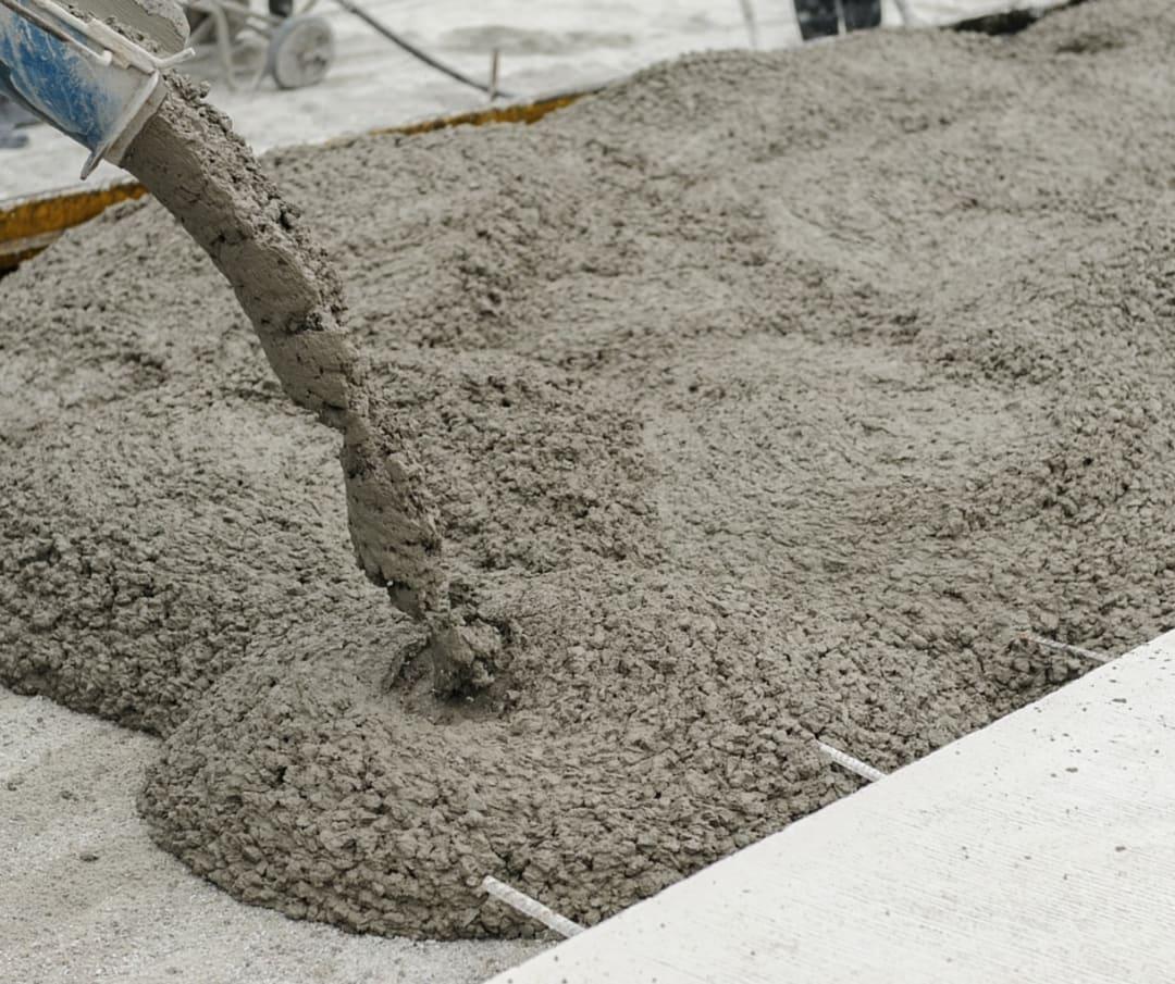 pouring-concrete-in-winter