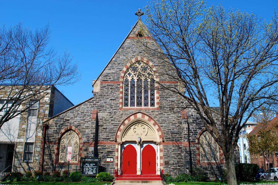 Facade of  St. Luke's Episcopal Church in Washington, D.C.