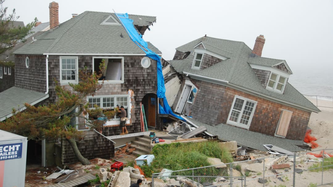 Scouring caused by Hurricane Sandy in 2012 leads to partial collapse