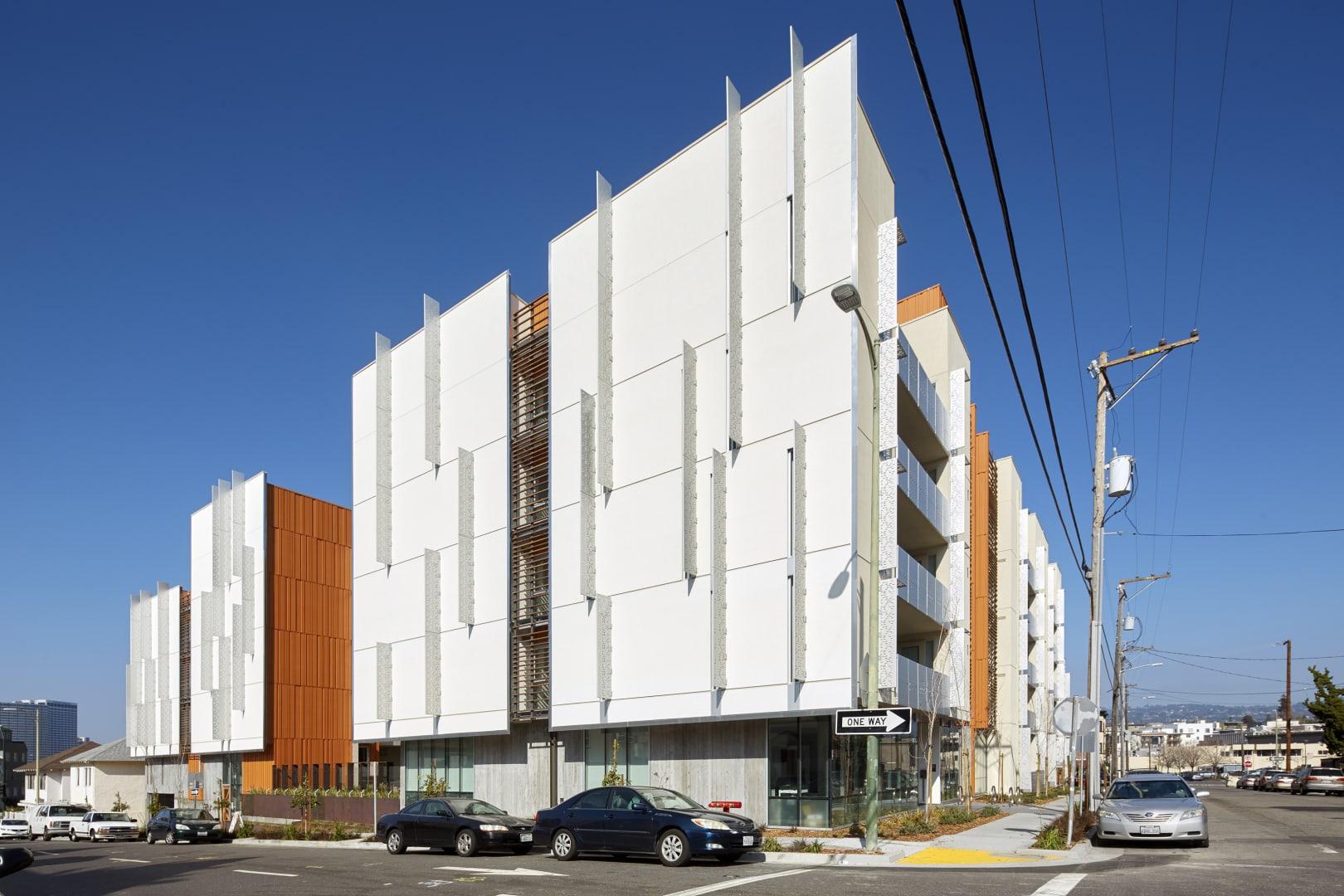 HUD - Lakeside Senior Apartments 1