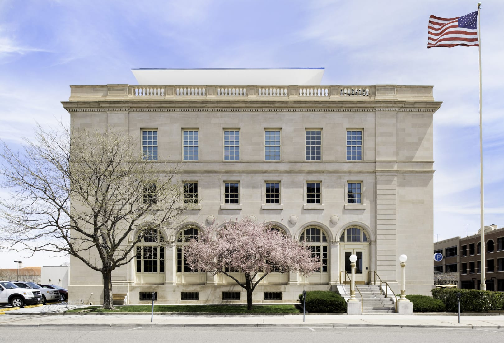 Federal Building and US Courthouse_Kevin Reeves_WElevation
