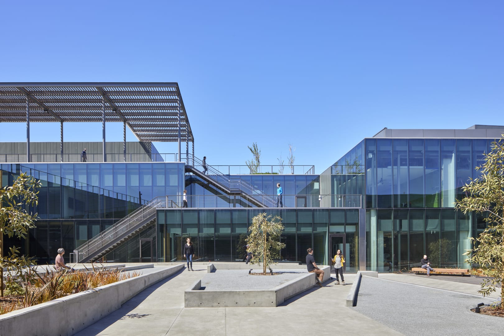 3_Hub Courtyard