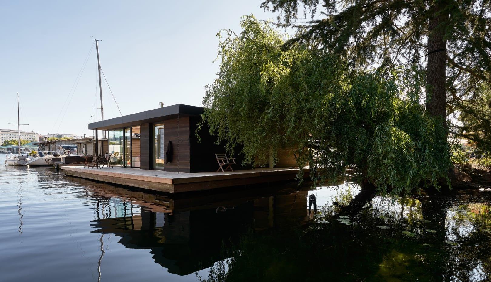 Portage Bay Float Home-03