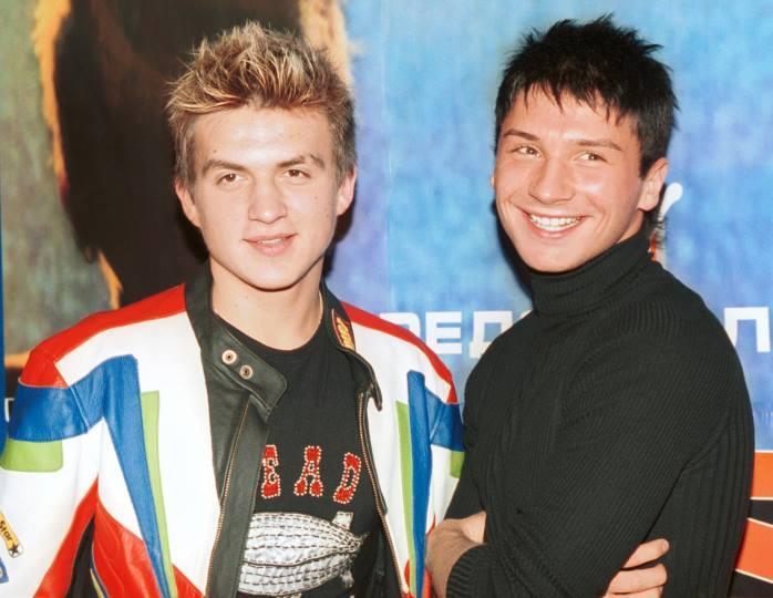 «Мой брат, моя гордость»: Топалов поделился памятным фото с Лазаревым в бассейне