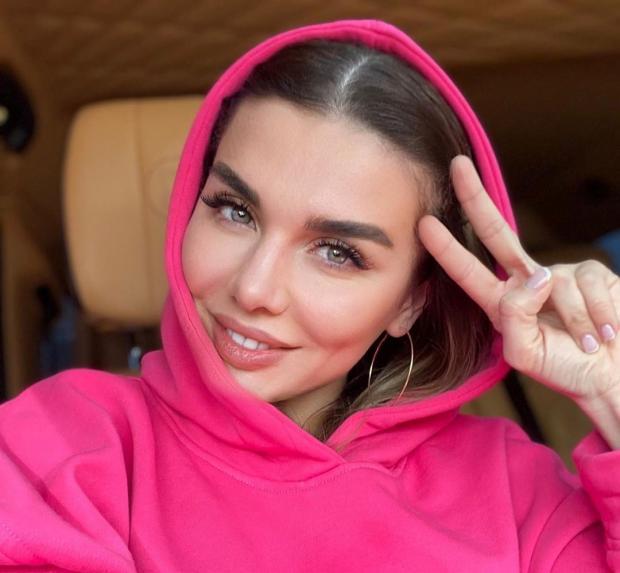 Сын Анны Седоковой - прирожденный лидер: певица рассказала о характере Гектора