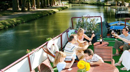 4-reasons-to-cruise-the-french-canals-with-your-family