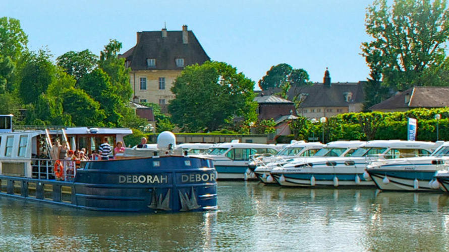 deborah-cruise-in-the-loire